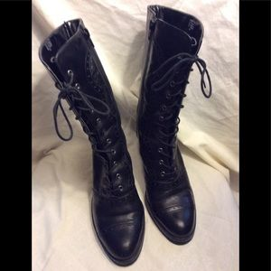 "Matisse ""bramble"" Lace up boots 8 M"